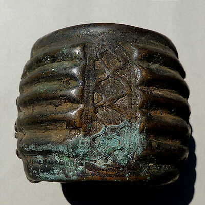 old antique decorated copper alloy bronze hinged bracelet ivory coast #44
