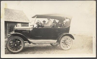 Vintage Car Photo Family in Model T Ford Convertible 230162