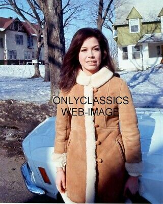 1970 Mary Tyler Moore Ford Mustang Filming Show In Minneapolis Mn Candid Photo