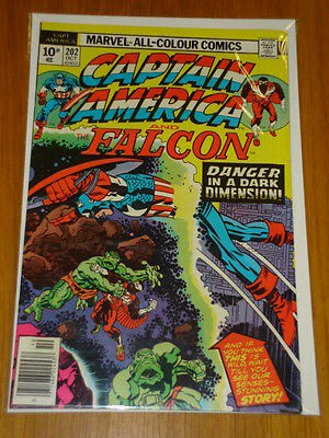 Captain America #202 Marvel Comic Near Mint Kirby October 1976