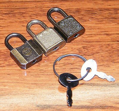Lot of 3 Vintage Miniature Locks w/ 2 Keys On Key Ring! 1 KID Lock & 2 Unbranded