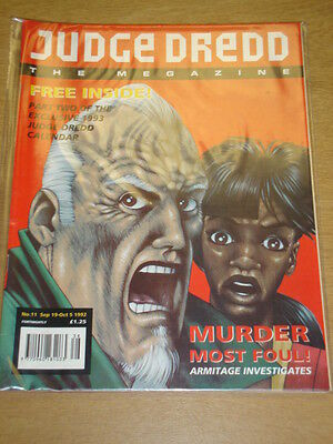 2000Ad Megazine #11 Vol 2 Judge Dredd*
