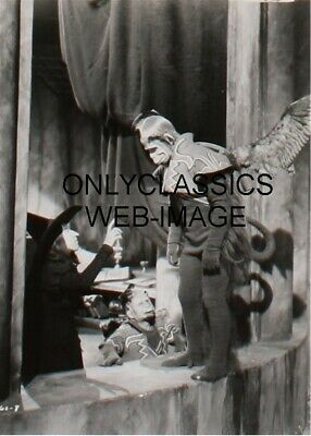 1939 The Wizard Of Oz Wicked Witch Flying Monkey Castle 5X7 Photo Classic Image