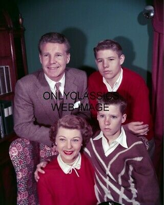 1953 OZZIE and HARRIET, RICKY, DAVID NELSON PHOTO TV TELEVISION ICONS AMERICANA