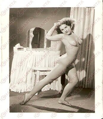 1950 ca USA - EROTICA VINTAGE Naked girl doing stretching - KLEENEX box *PHOTO