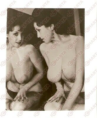 1950 ca USA - EROTICA VINTAGE Naked girl looks in the mirror *PHOTO