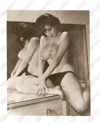 1950 ca USA - EROTICA VINTAGE Sexy naked girl on the dresser *PHOTO