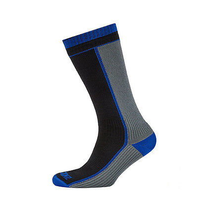 SealSkinz Mid Weight Mid Length Waterproof / Windproof Socks