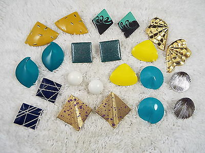 11 pr Colorful Pierced Earring Lot (A12)