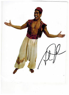 ADAM JACOBS--ALADDIN ON BROADWAY Signed Photo 8x10--#12  PROOF