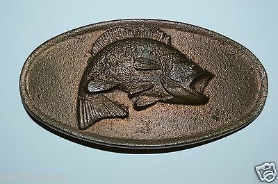 WOW Vintage 1970s BASS Fish Fishing Brass Tone Solid Heavy Oval Belt Buckle Rare