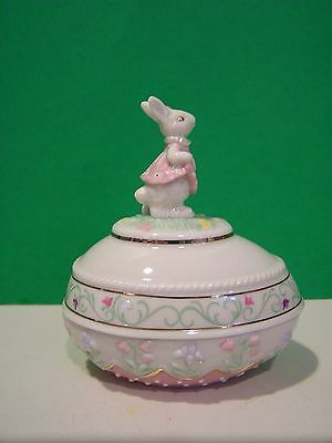 LENOX 2005 SPRINGTIME BUNNY annual Easter Egg NEW in BOX with COA Rabbit