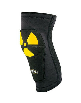 Nukeproof Critical Enduro - Knee Sleeve / Guards / Protective Pads