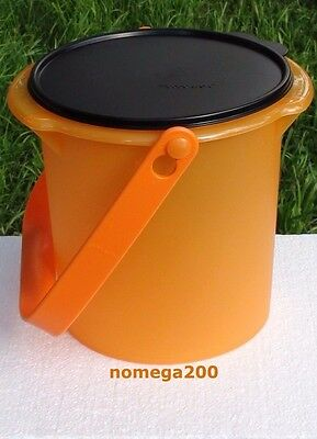 Tupperware 5-Qt. Halloween Candy Carrier with Cariolier Handle