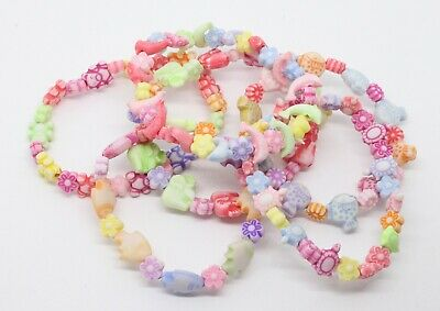 A pack of 12 Girls Stretchy Acrylic Animal design bracelets. W1373  r0225
