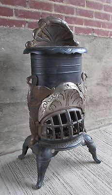 "Antique Cast Iron Stove w/figural Swans ""Prizer - Painter"" - No.100 - Reading,PA"