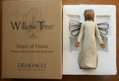 """WILLOW TREE ANGEL OF GRACE NEW IN BOX DEMDACO  5 1/4"""" TALL"""