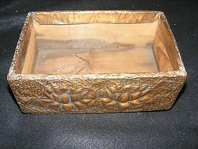 Vintage Arts and Crafts era HAMMERED COPPER & Wood Lotus Motif ORIENTAL Box NICE