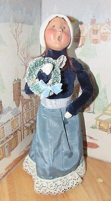 BYERS CHOICE Victorian Woman with a Wreath 1994 74/100   *