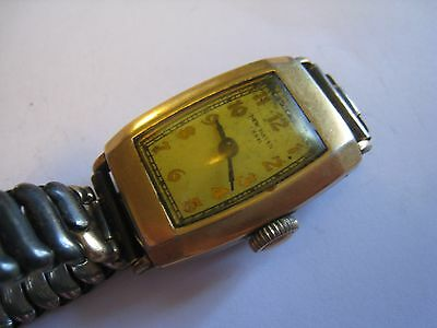 Vintage/Antique U.S.A. NEW HAVEN 7 Jewel Men's Gold Tone Wristwatch, Not Working