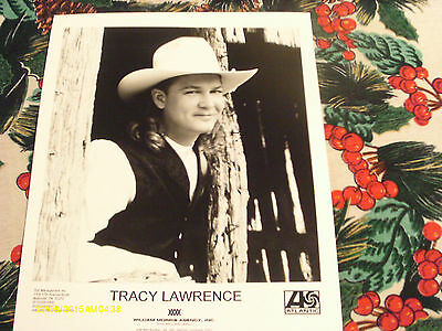 Tracy Lawrence  Publicity Photo