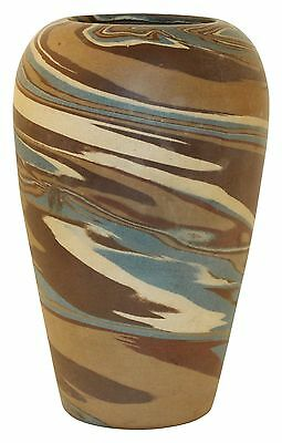 Niloak Pottery Mission Swirl Broad Shouldered Brown Vase