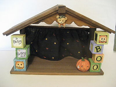 Cherished Teddies Displayer Halloween House Wood & Resin 1995 NIB