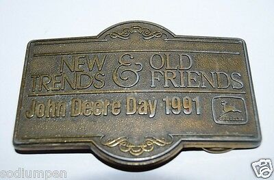 WOW Vintage New Trends & Old Friends John Deere Day 1991 Brass Tone Belt Buckle