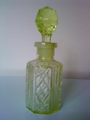 Antique Victorian Yellow  Uranium Glass Perfume / Small Decanter C/w Stopper 7""