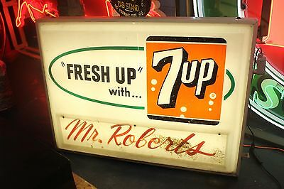 7-UP Light up Logo Grocery Store Advertising Plastic Sign by Everbrite