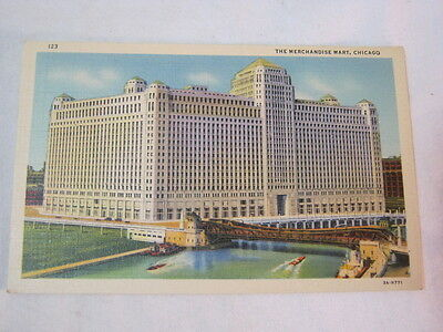 The Merchandise Mart Chicago Showing Chicago River and Bridge Postcard  T*