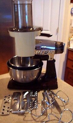 Vintage Sunbeam Chrome  MIXMASTER MIXER With Attachments