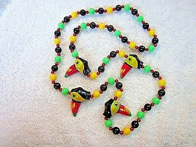"Colorful ""Toucan Heads"" Mardi Gras Necklace Bead Buffett Parrot Parrothead(B450)"