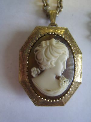 Vintage Gold Tone Chain Necklace & LUZIER Solid Perfume Compact Pendant W/Cameo