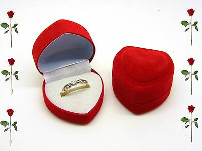 Small Luxury Red Velvet Heart Ring Box Jewellery Presentation Valentines Love
