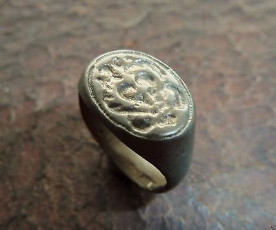 Post-medieval bronze seal-ring (459).