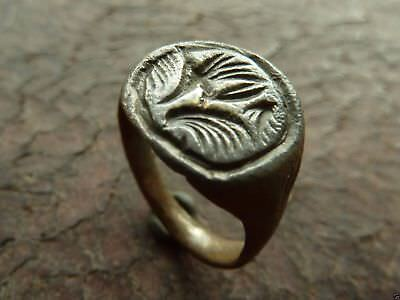 Post-medieval bronze ring (397).