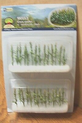 "JTT SCENERY PRODUCTS CORN STALKS O SCALE 2"" tall 28/pk"