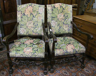 19th CENTURY FRENCH CARVED OAK PAIR OF ARMCHAIRS - (00167)