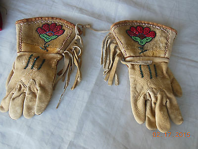 1970's Vintage Antique Old Native American Indian Beaded Leather Gauntlets Glove