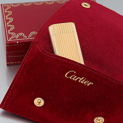 Cartier Feuerzeug - les must de Cartier - Ribbed Lighter - vergoldet