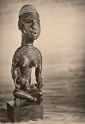 "Post Card - African Art / Wooden sculpture ""Mother and Child"" (Congo)"