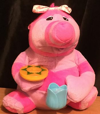 The Fimbles / Fisher Price 11 Inch Talking Tea Time Baby Bo Toy