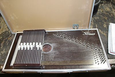 Educator Auto Harp by Oscar Schmidt MISSING A KEY