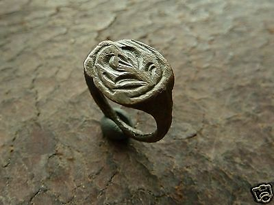 Post-medieval bronze ring  (170).
