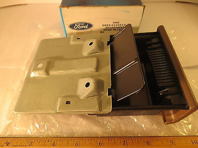 """Ford 1988/1993 Festiva """"beige"""" Dash Panel Receptacle - Ash Tray Free Shipping"""