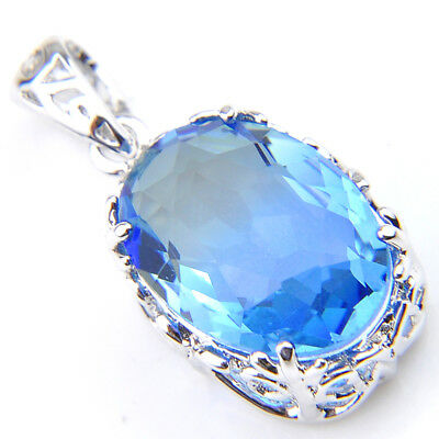 Gorgeous 18 Ct Oval Shaped Blue Topaz Gemstone Vintage Silver Necklace Pendant