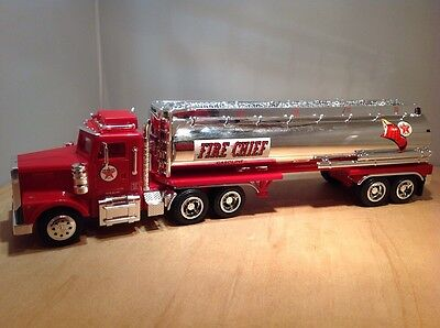 Texaco Fire Chief Battery Operated Collectors 1958 Truck Bank