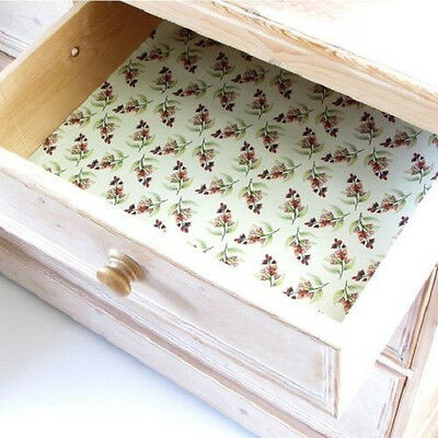 The Master Herbalist Five Sandalwood Scented Drawer Liner England paper liners