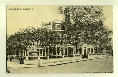 tp7078 - London - Early View of The New Premises of Kensington College- Postcard